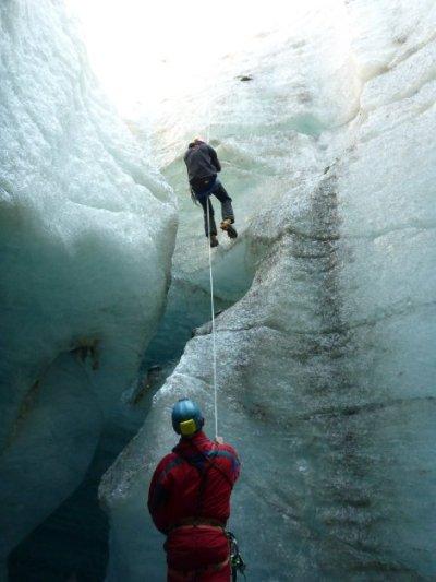 moulin mer de glace - puits d entrée