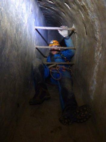 barchon parcours speleo - tunnel barreaux