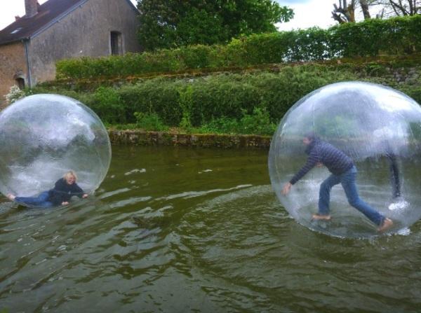 Une princesse dans une waterball