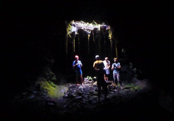 Tunnel de lave _ La Réunion - Puits de lumiere